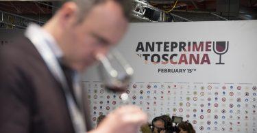 PrimAnteprima 2020: oltre il 50% del vino toscano vola all'estero