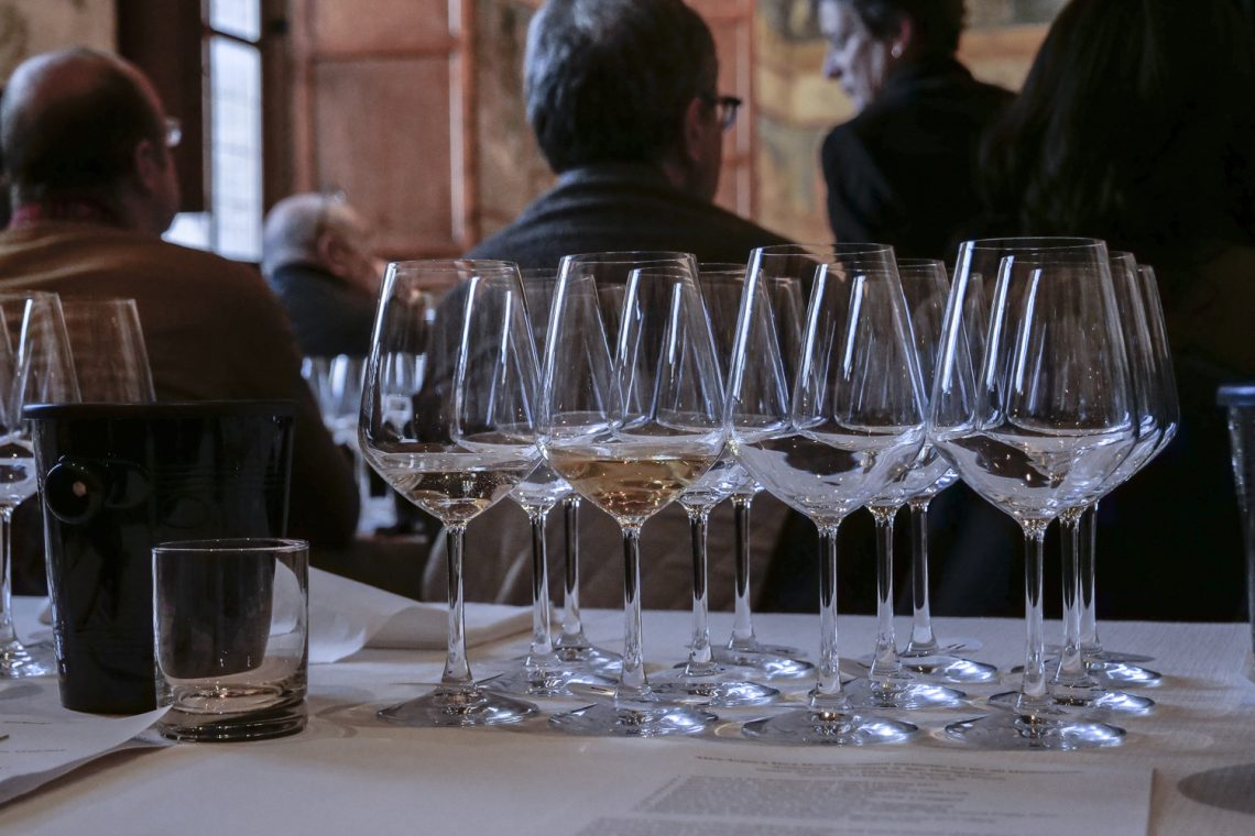 """""""Vernaccia di San Gimignano: A great Tuscan classic meets the new classics of the world – in search of terroir wines"""""""