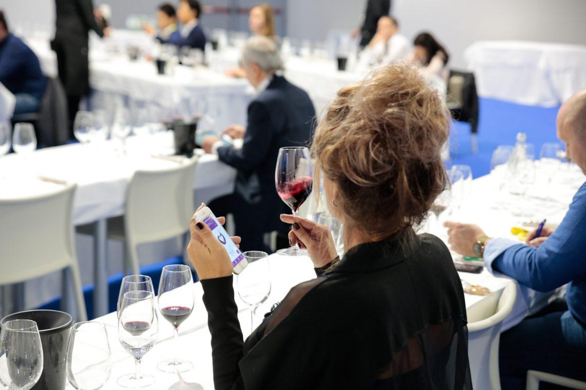 Riapertura HORECA italiana vale 6,5 mld di euro per consumi vino